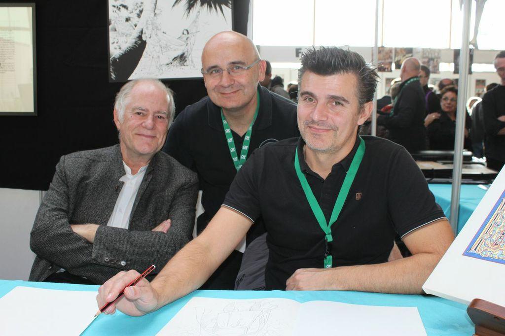 Didier Convard et Denis Falque en dédicace sur le stand de BD Empher